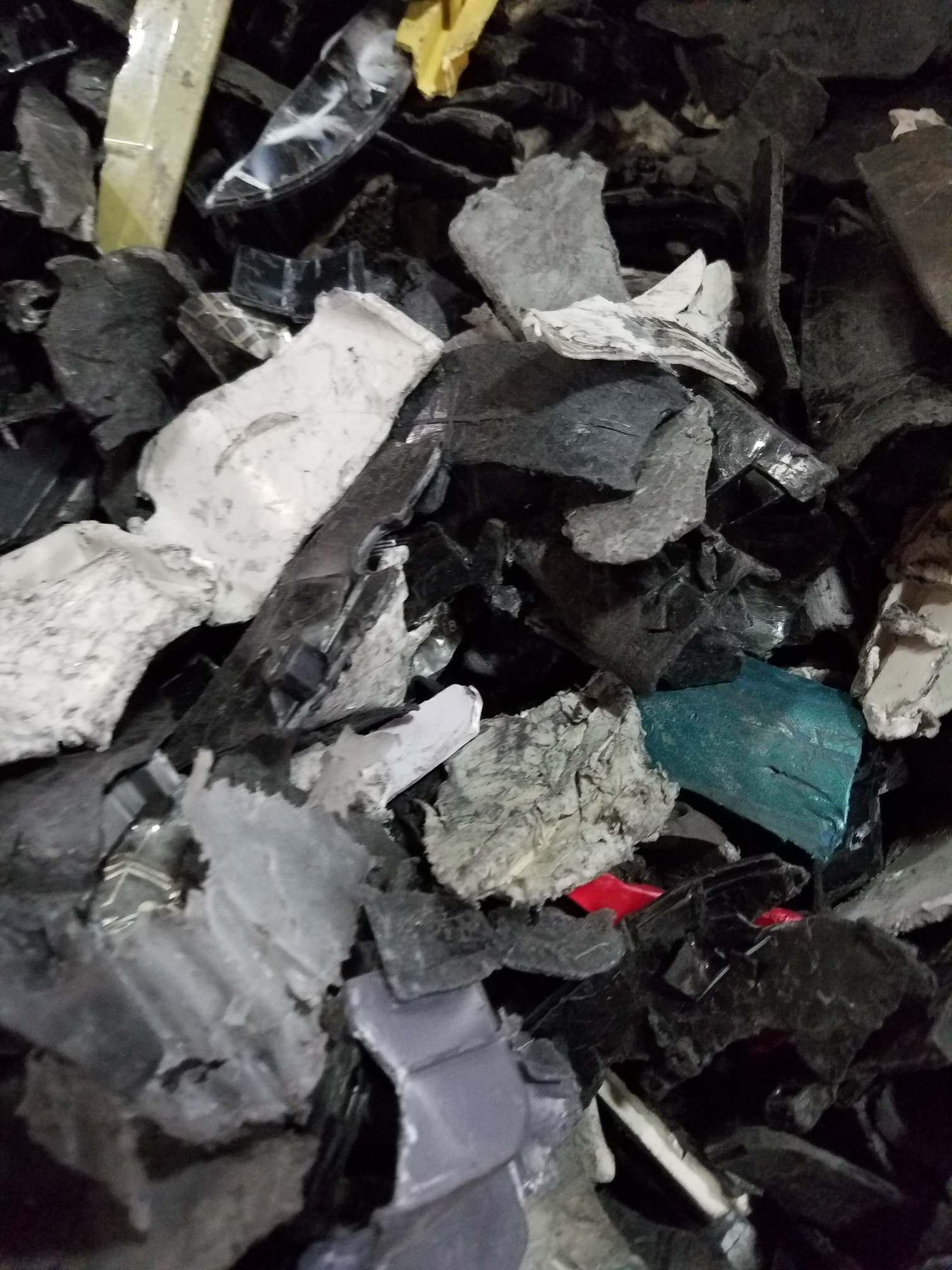 shredded plastic  4604
