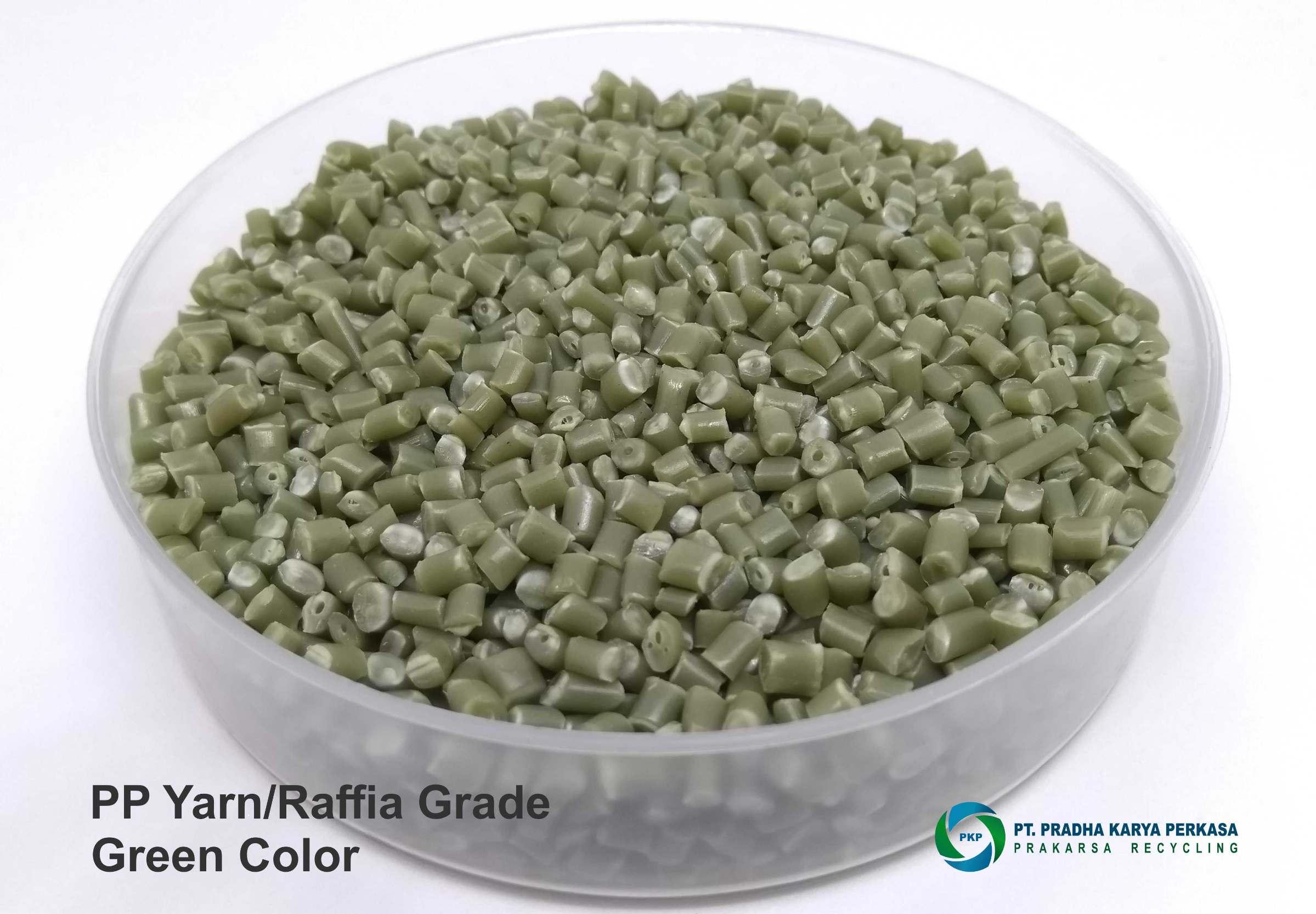 PP Yarn Green Color 7122