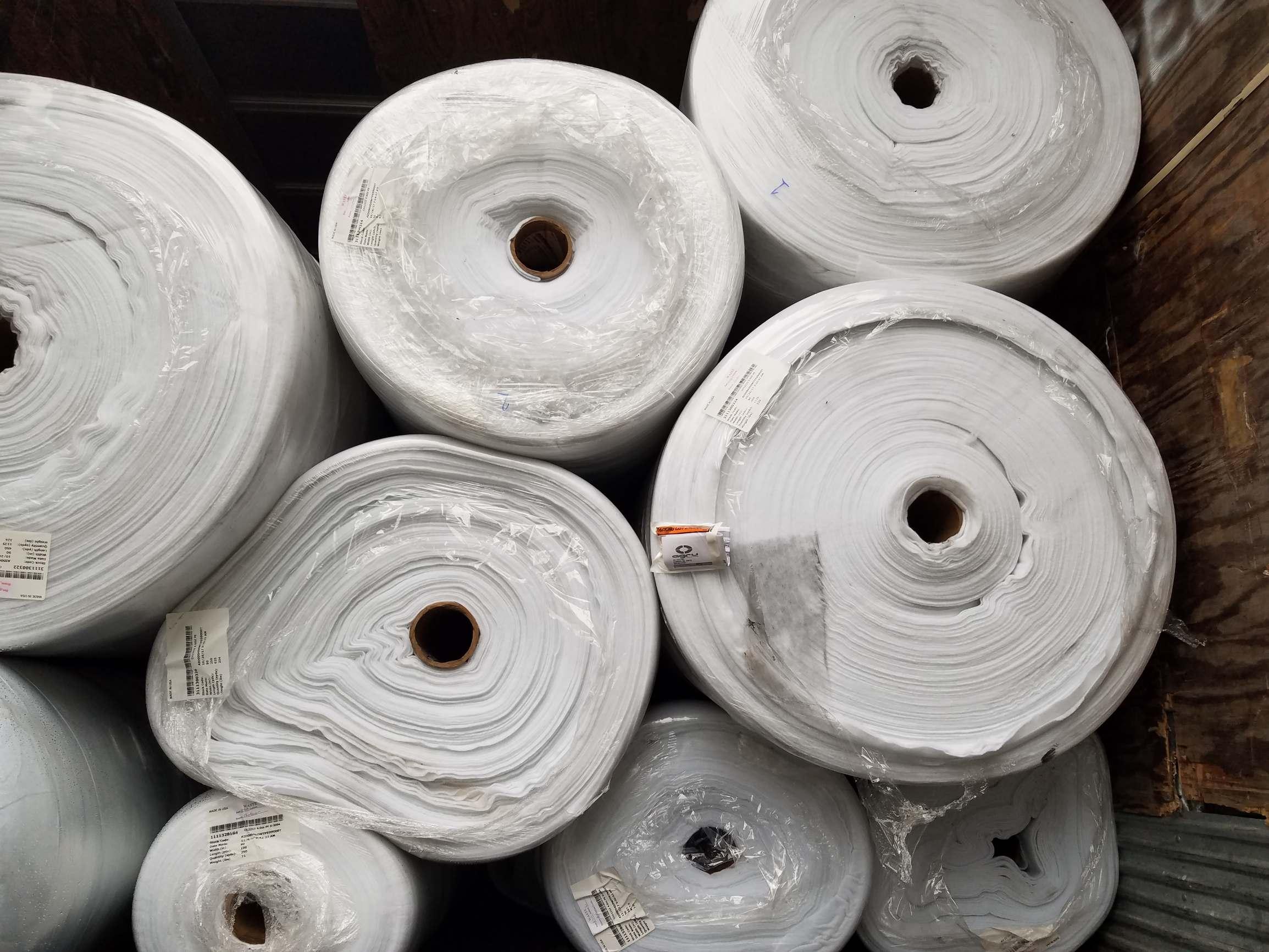 White nylon 6,6 bathroom carpet 4463