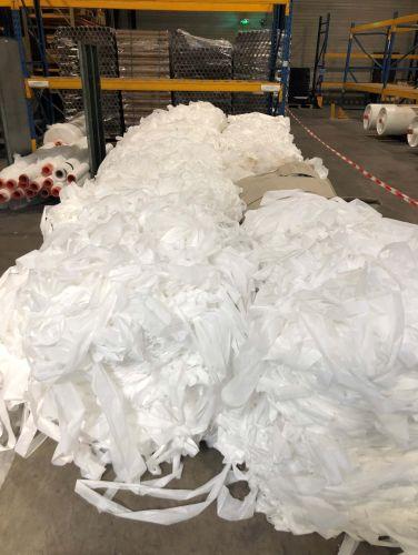 Bales (50 Kg each) of 100% PET 17634