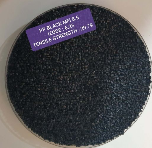 RECYCLED PP GRANULES BLACK COLOR 14989