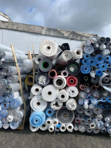 Roof foil and non woven 21718