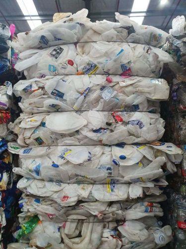 Hdpe milk bottles  22964