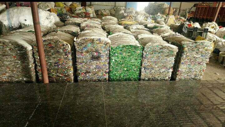 Hot washed per flakes, Baled Pet bottle scrap 7286