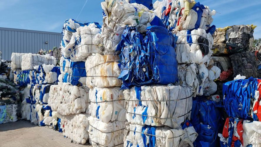 HDPE blue/white Drums 23403